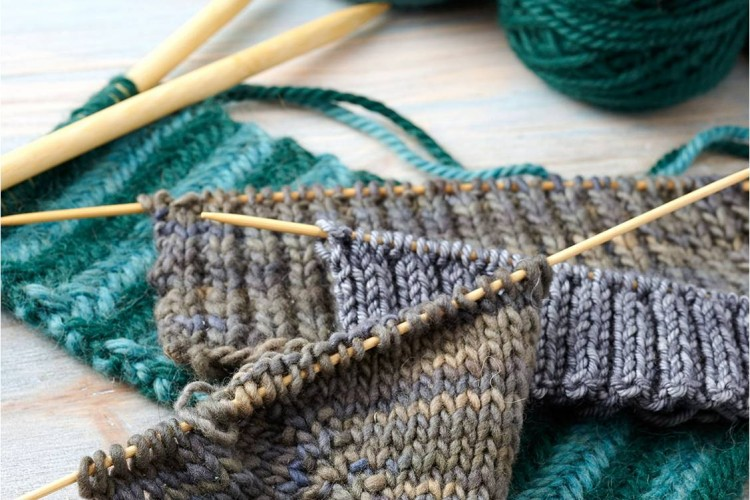 Continental Knitting : Master knitting at speed with Continental Knitting   The Boomers